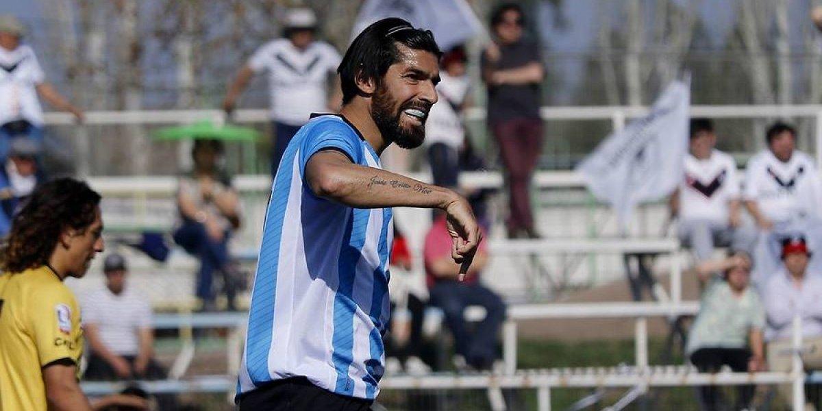 El trotamundos Loco Abreu: 28 equipos, cinco continentes, récord Guinness y su paso por Chile