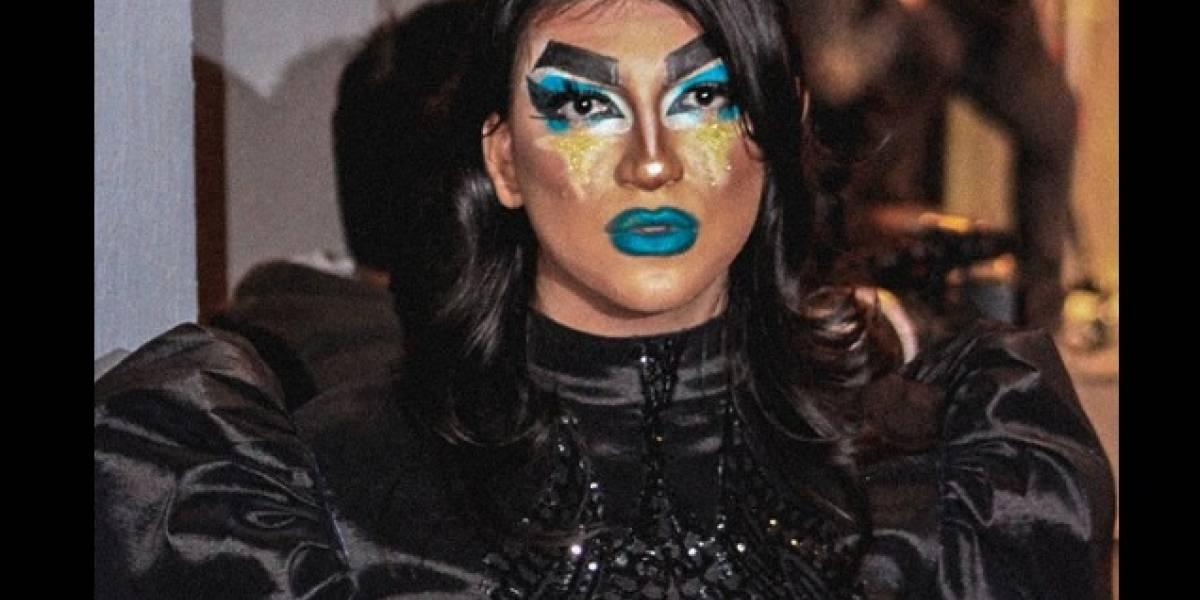 Joven asiste a su graduación vestido como drag queen en NL