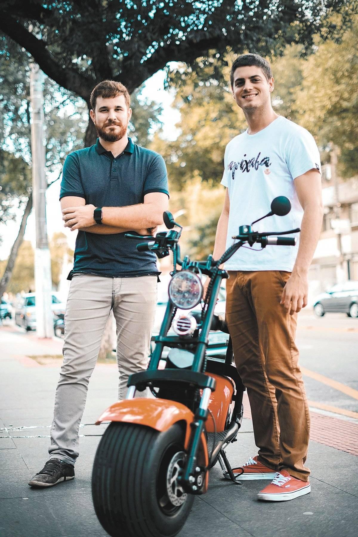 Lucas Zanadrea e Thiago Miguel são sócios-proprietários da Gringu