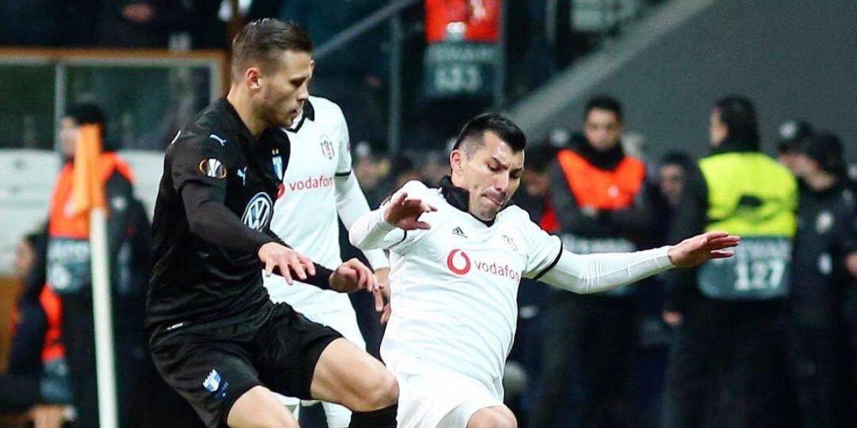 Gary Medel y Enzo Roco sufrieron una dolorosa eliminación en la Europa League