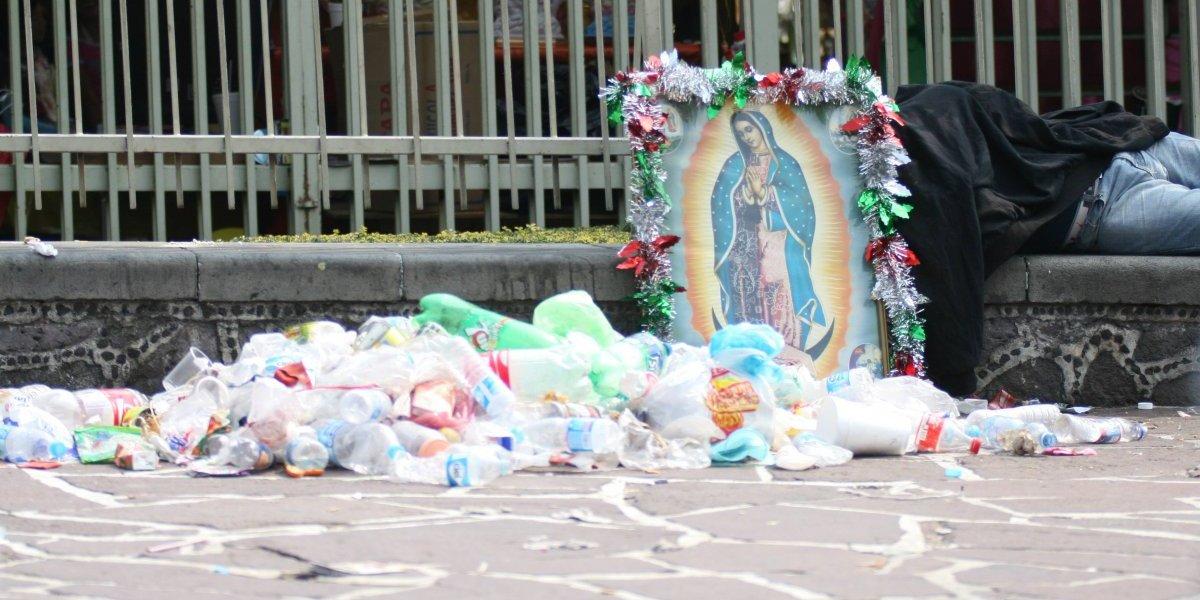 Peregrinos dejan 854 toneladas de basura tras su visita a la Basílica