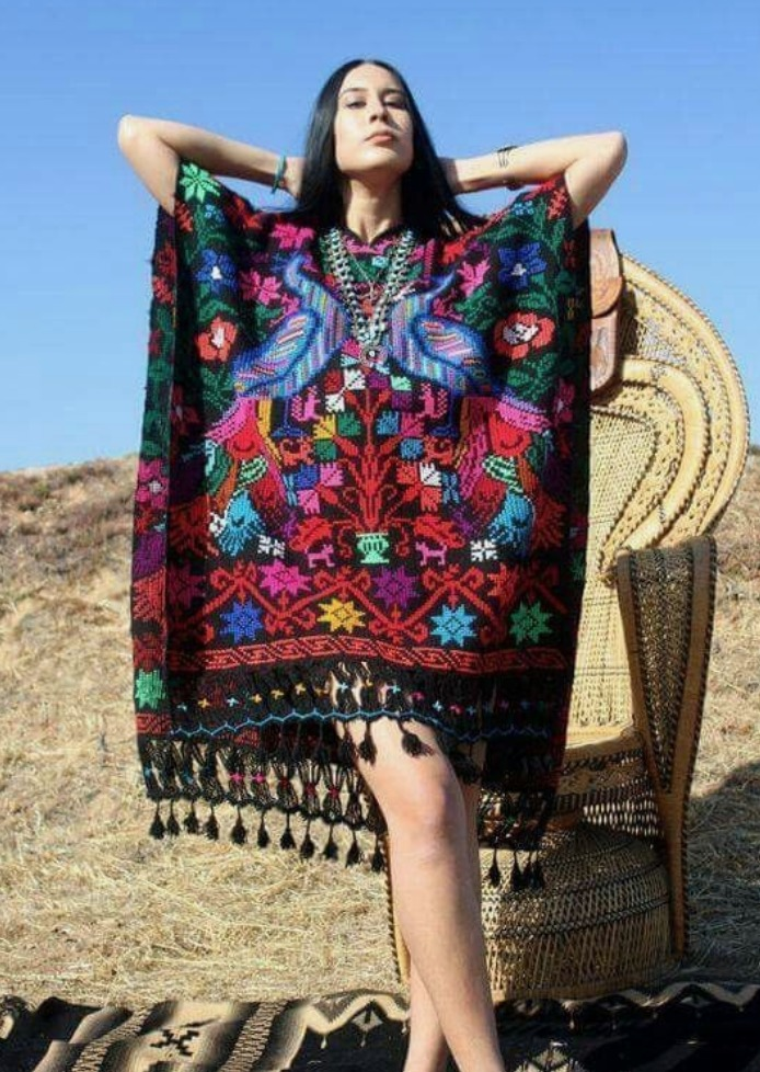 Vestidos Huicholes