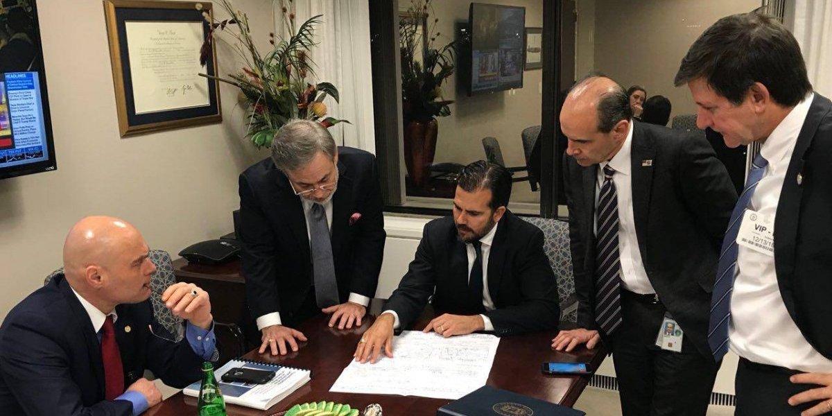 Rosselló aboga por continuidad fondos para cupones y otros asuntos