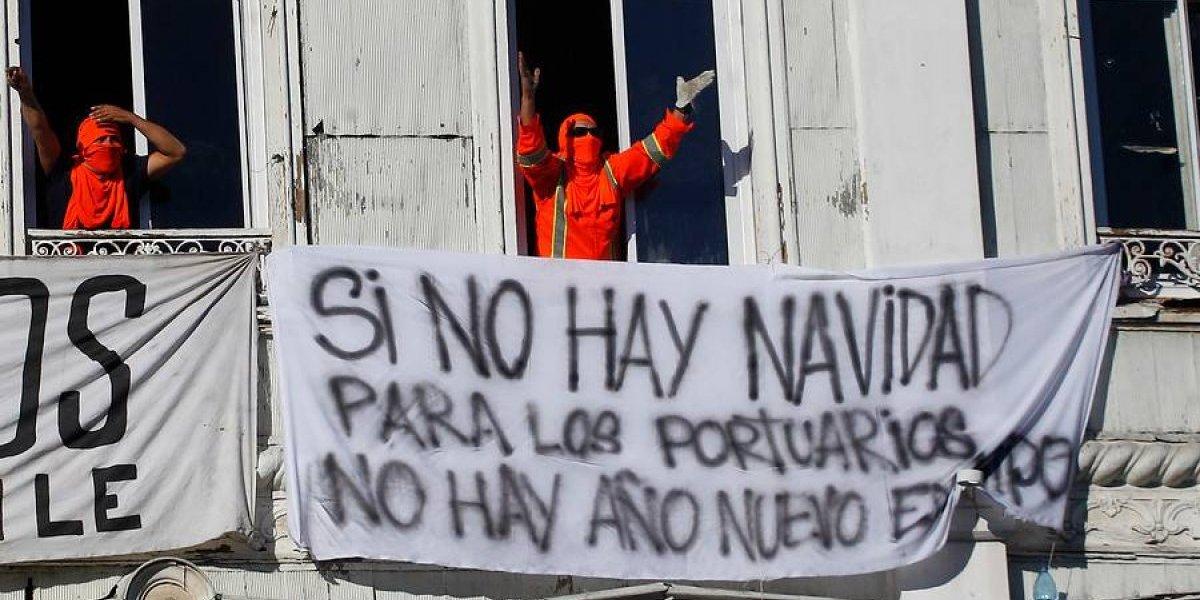 Peligran Los Fuegos Artificiales De Valparaiso Trabajadores
