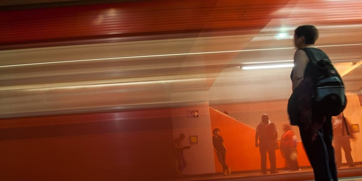 Reportan fallas en línea 8 del Metro