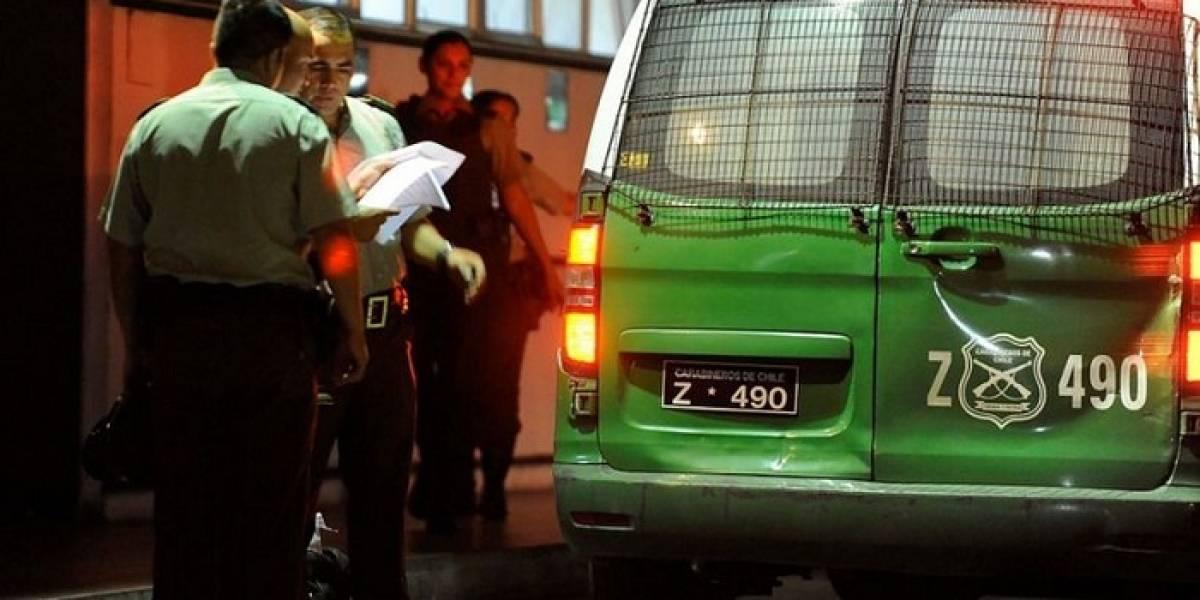 Dueño de casa se enfrenta a cinco ladrones y frustra a balazos asalto en El Bosque: delincuente recibió dos disparos