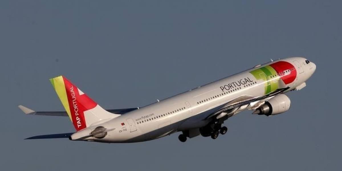 Companhia aérea oferecerá WhatsApp de graça durante voos