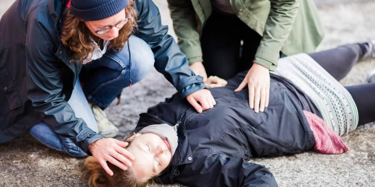 'Morri por 5 minutos': os jovens que sofrem infartos fulminantes aos 20 e poucos anos