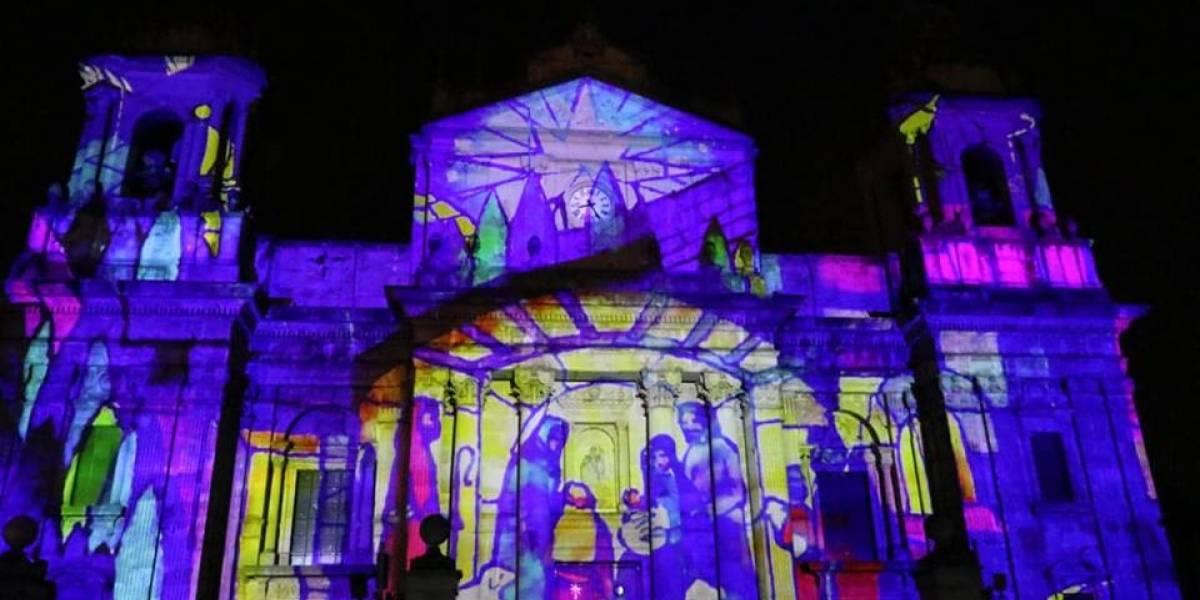EN IMÁGENES. Guatemaltecos disfrutan Mapping 3D en la Catedral