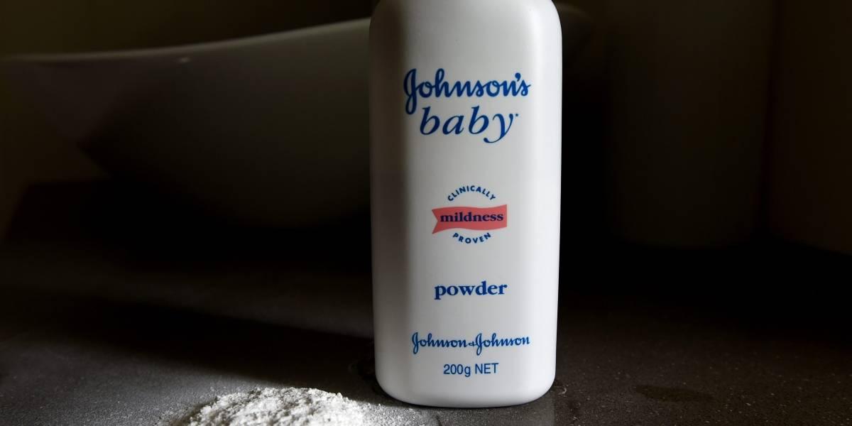 Reporte: encuentran asbesto en talcos de Johnson & Johnson