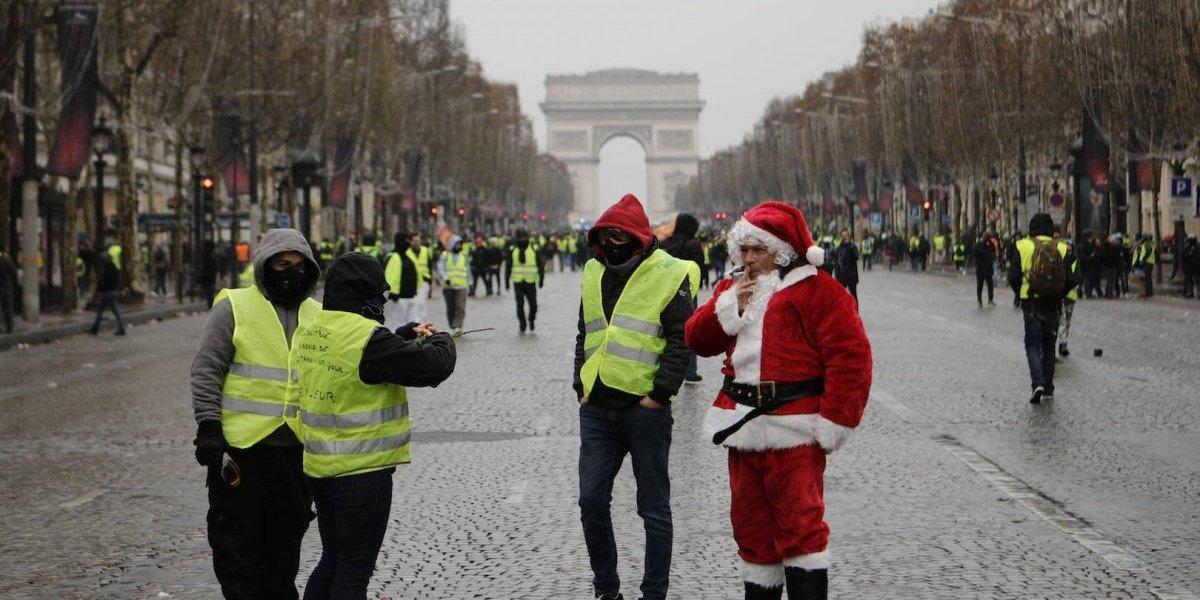"""Protesta de los """"chalecos amarillos"""" pierde fuerza en Francia"""