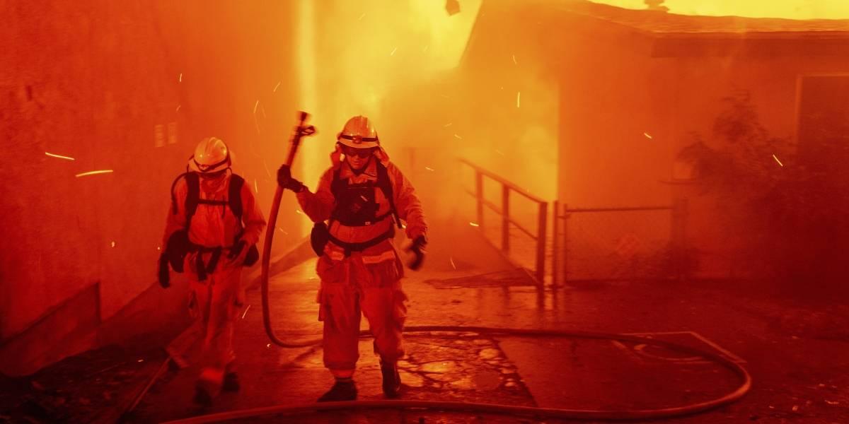 Suspenden a nueve bomberos de NY por mensajes racistas