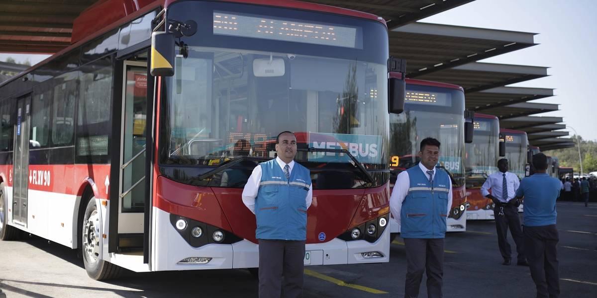 Transantiago estrenó el primer recorrido de los nuevos buses eléctricos