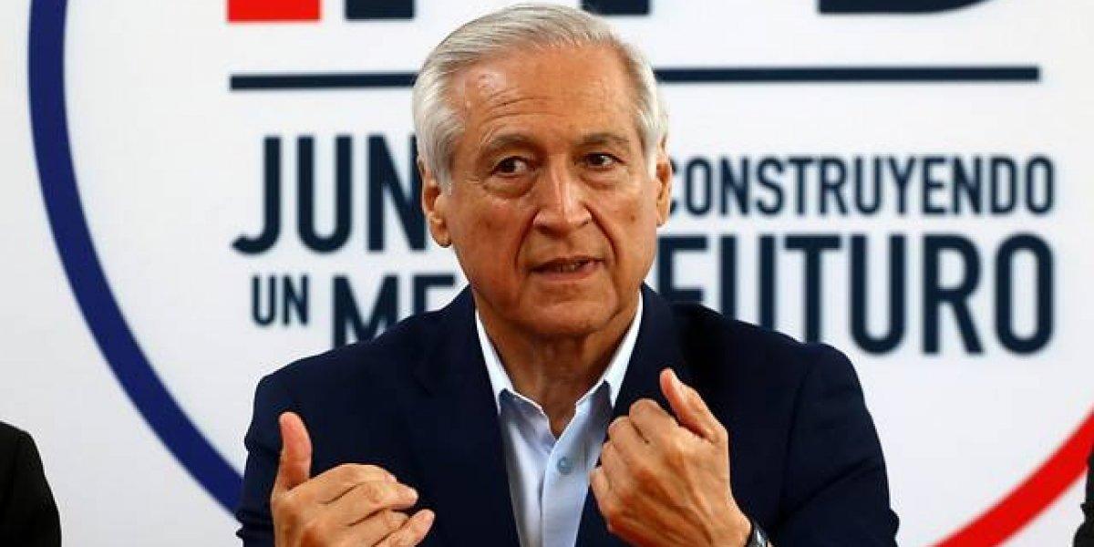 """Ex cancilleres arremeten nuevamente contra Piñera: afirman que se """"equivoca"""" al no firmar Pacto Migratorio"""