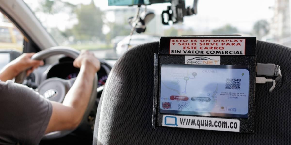 Los taxistas ya no estarán obligados a cambiar los taxímetros por tabletas en Bogotá