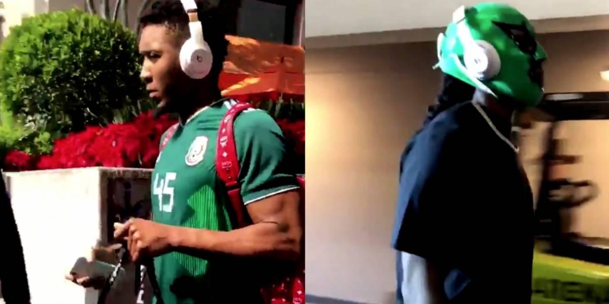 VIDEO: Jugadores de NBA portan playera del Tri y máscara de Lucha Libre