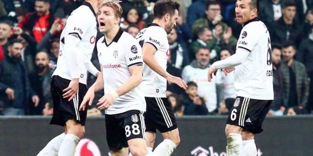 Medel jugó en agónico empate de un Besiktas que vive un delicado momento