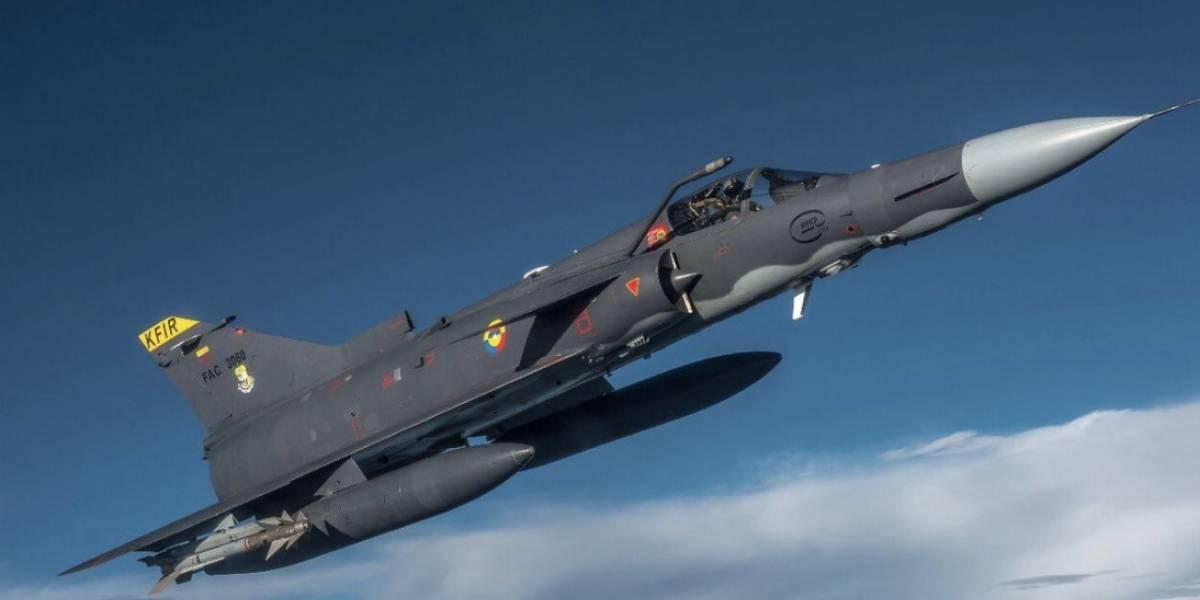 La razón por la que algunos se asustaron con sobrevuelo de aviones en Bogotá