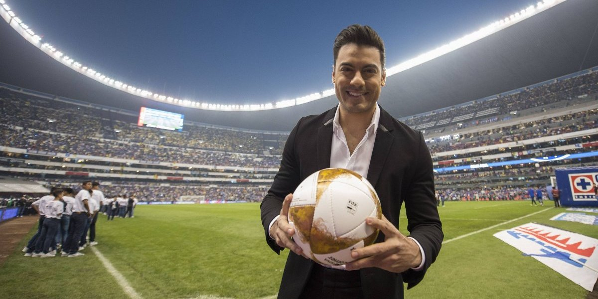 VIDEO: El supuesto playback de Carlos Rivera en la final de la Liga MX