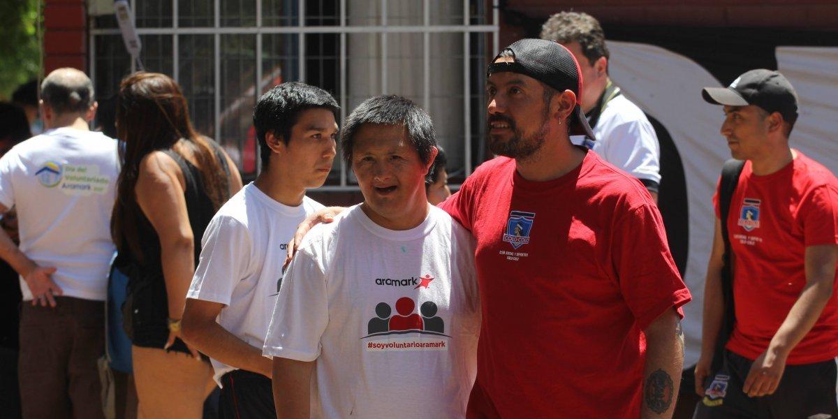 CSD Colo Colo celebró Navidad con residentes del Hogar Los Ceibos de Colina