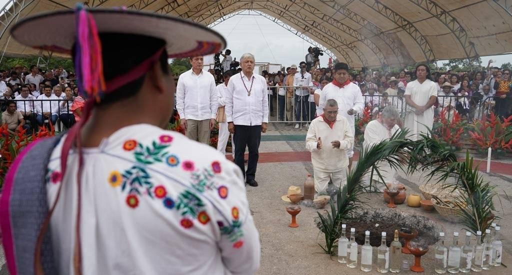 Ritual de los Pueblos Originarios a la Madre Tierra para Anuencia del Tren Maya Foto: Gobierno de México