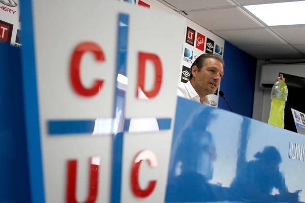 Buljubasich debe liderar la conformación del plantel 2019 de la UC, comenzando por la elección del nuevo DT / Foto: Agencia UNO