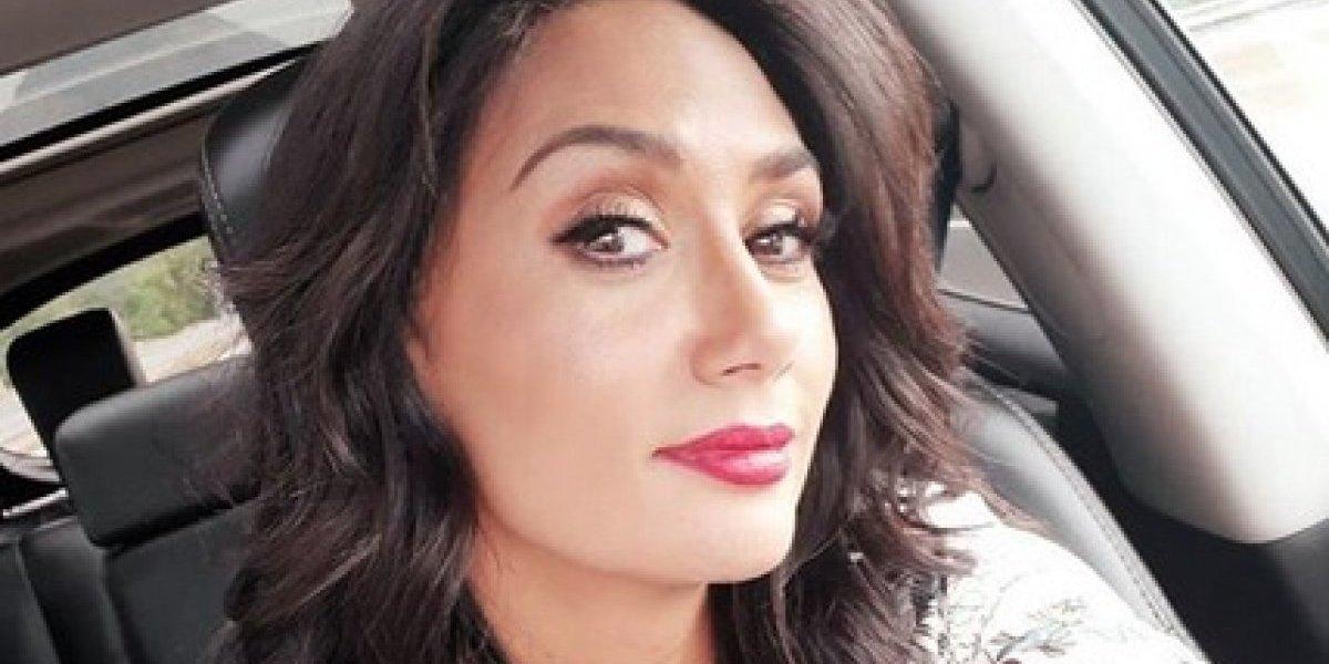 Pamela Díaz debuta en café concert y arremete contra Carola de Moras
