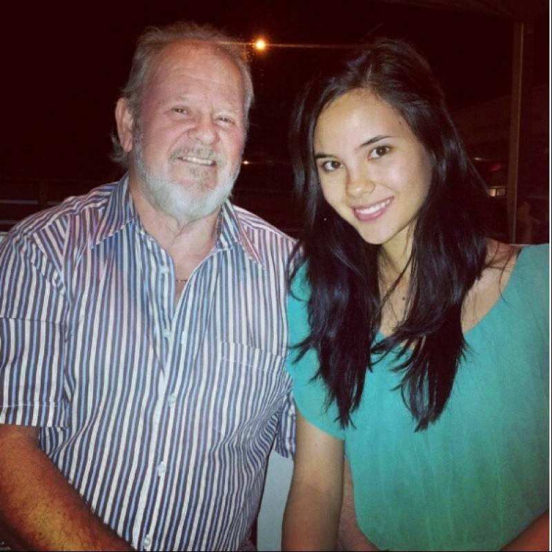 Catriona Gray y su padre