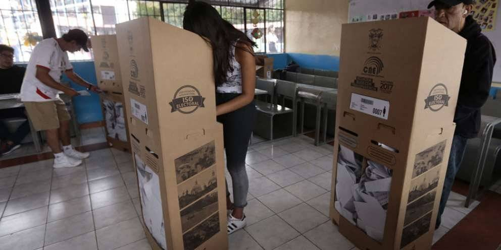Elecciones Ecuador 2019 API