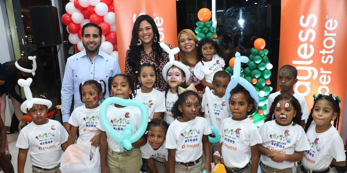 Payless dona 500 zapatos a niños y niñas de Santo Domingo y Santiago