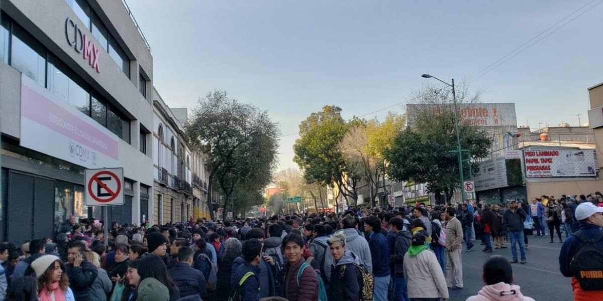 """Ley """"frena"""" fusión de Prepa Sí a Becas Benito Juárez"""