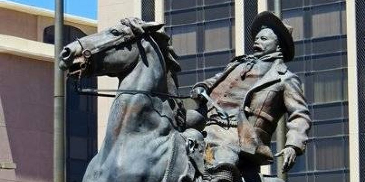 Pancho Villa se queda en Tucson; no retirarán su estatua