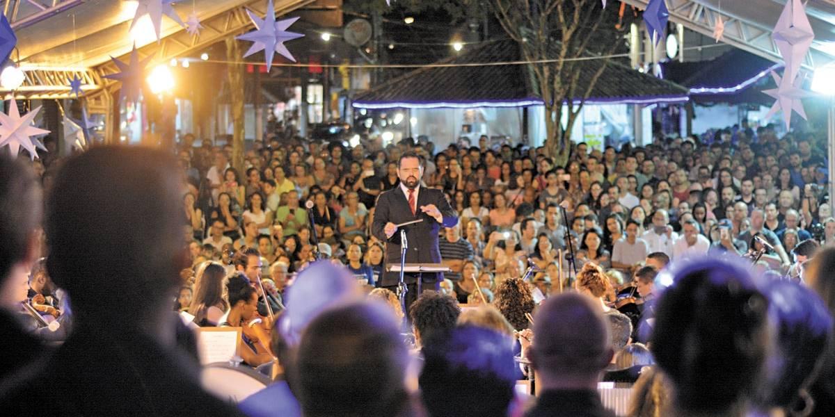 Em Ribeirão Pires, especial de Natal tem orquestra na Vila do Doce