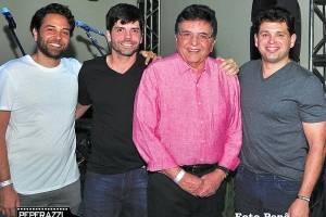 Waltinho, Victor, Walter, Leonardo Cavalcante em festa do grupo