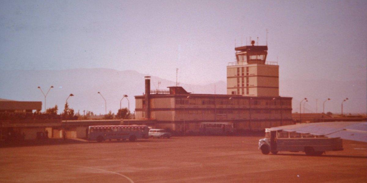 Así ha cambiado el aeropuerto de Santiago desde 1970 a la fecha