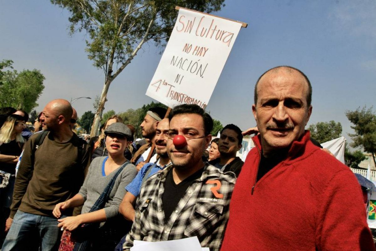 El actor Daniel Giménez Cacho fue uno de los actores que acudió a San Lazaro a manifestarse Foto: Notimex