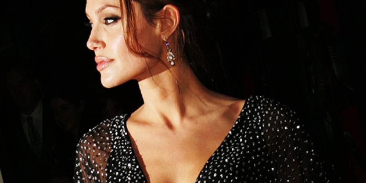 Angelina Jolie de romance con el sobrino de la princesa Diana