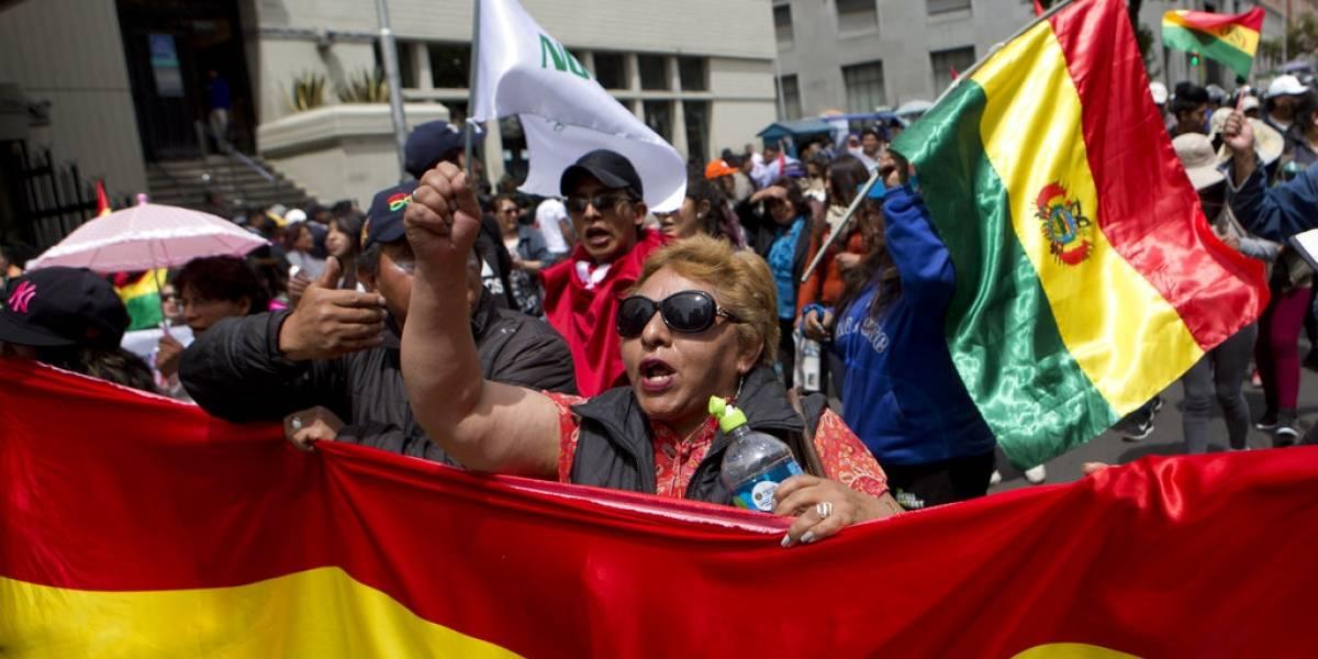 Evo Morales celebra 13 años de su primera victoria electoral — Quillacollo