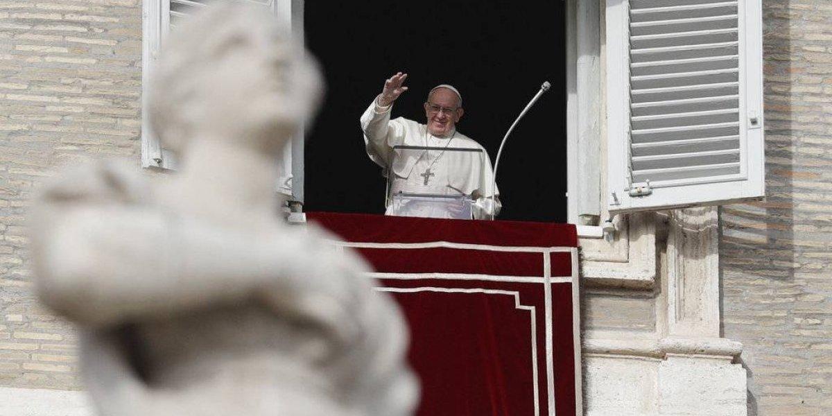 Francisco reorganiza comunicaciones del Vaticano