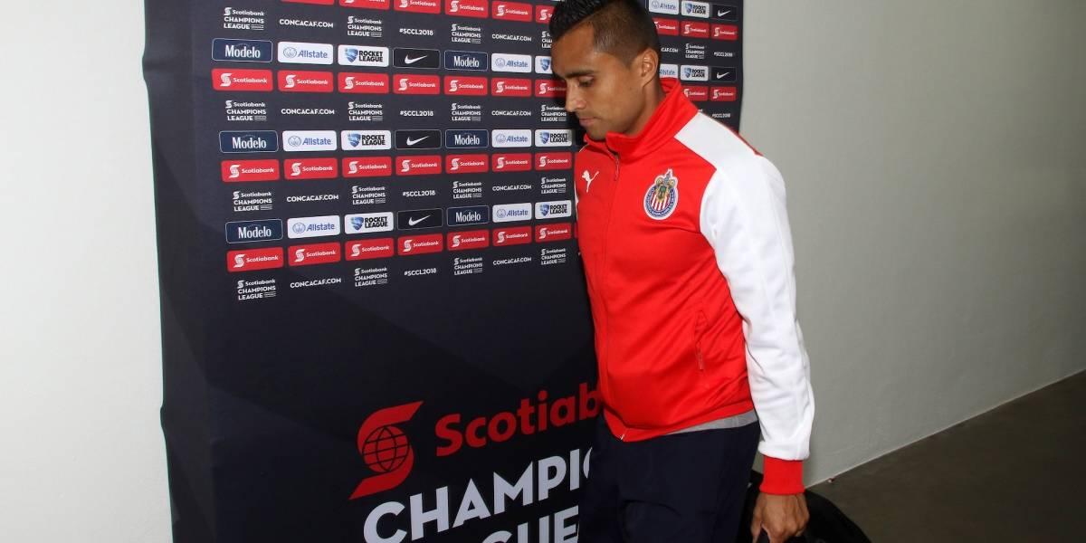 Edwin Hernández se siente golpeado por el técnico de Chivas
