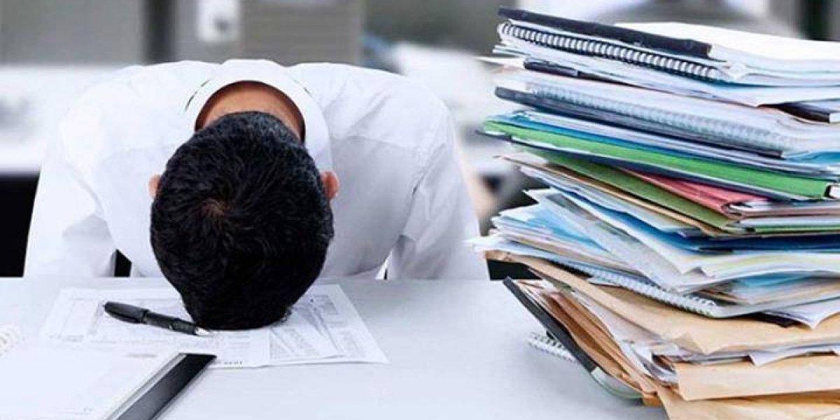 Era que no: 39% de los trabajadores chilenos se siente estresado con la llegada de fin de año