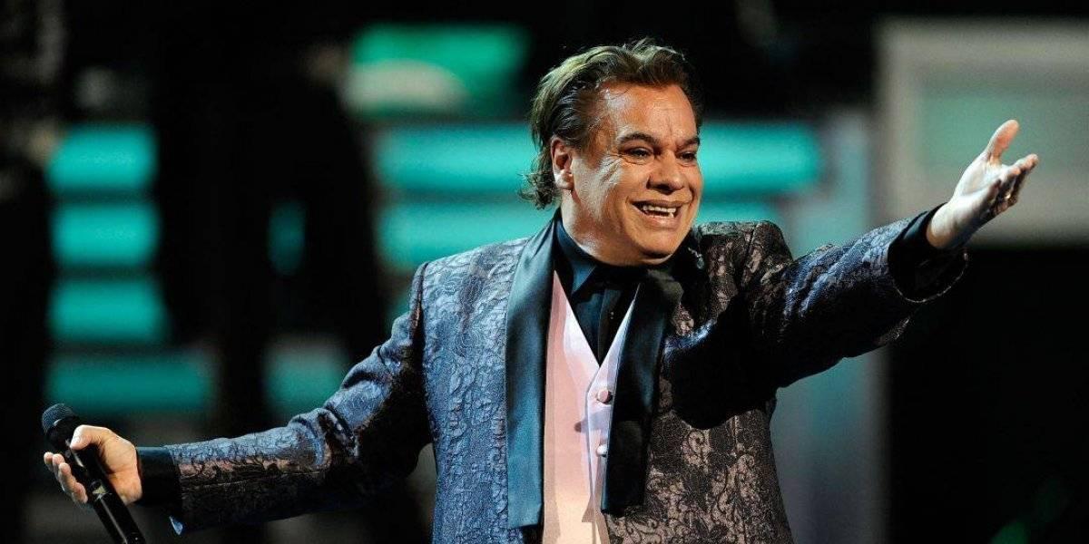 Aseguran que Juan Gabriel tuvo un hijo con una famosa cantante