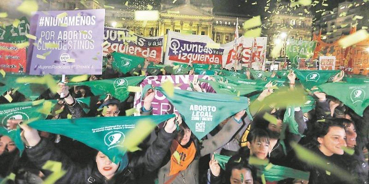 El año en que Argentina se tiñó de verde con la marea feminista