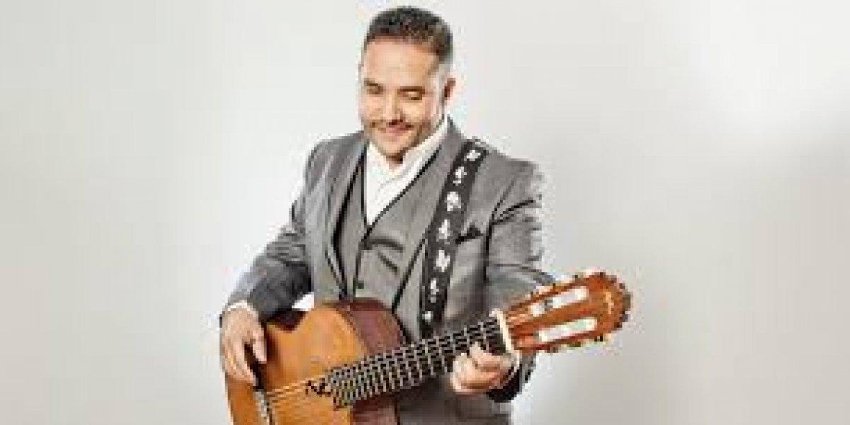 Pavel Núñez canta esta noche en Hard Rock Café