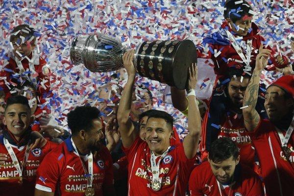 La Roja va por el Tri / imagen: Photosport