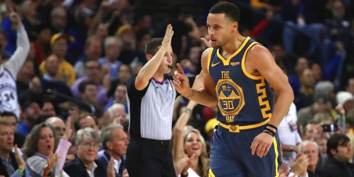 Stephen Curry se luce en el triunfo de los Warriors