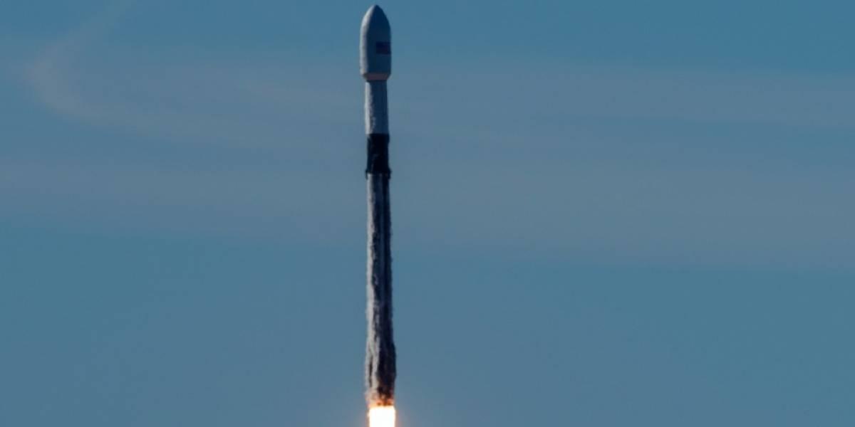 Trump firma decreto que crea el Comando Espacial