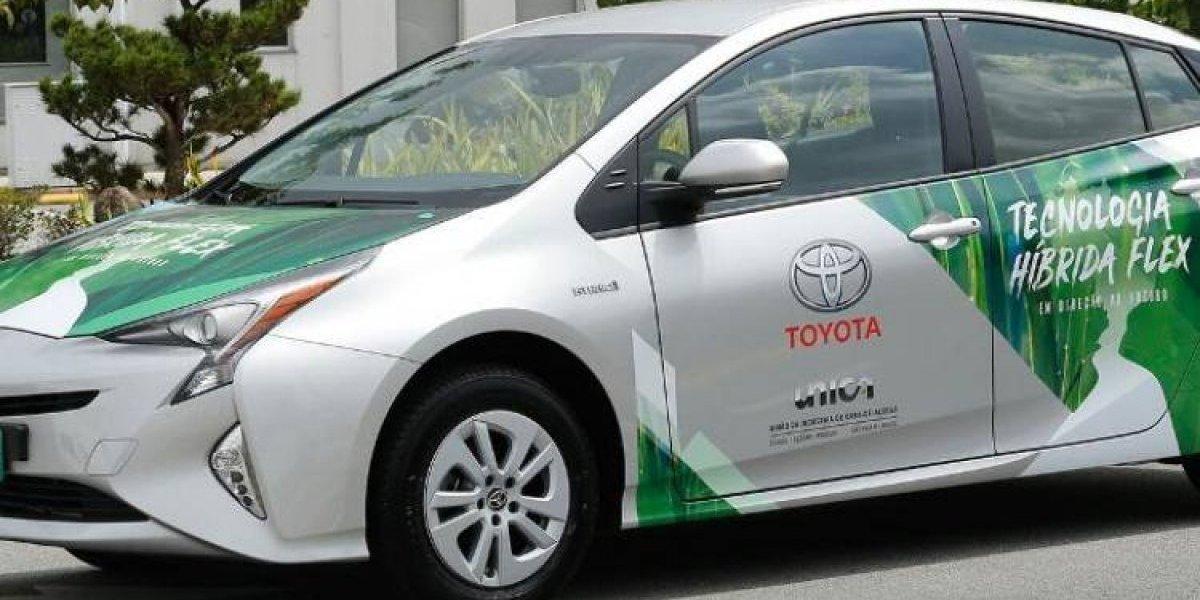 Toyota presenta el primer híbrido eléctrico flex del mundo