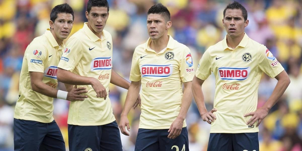 Chivas intercambiaría a Ángel Saldívar por Jesús Molina