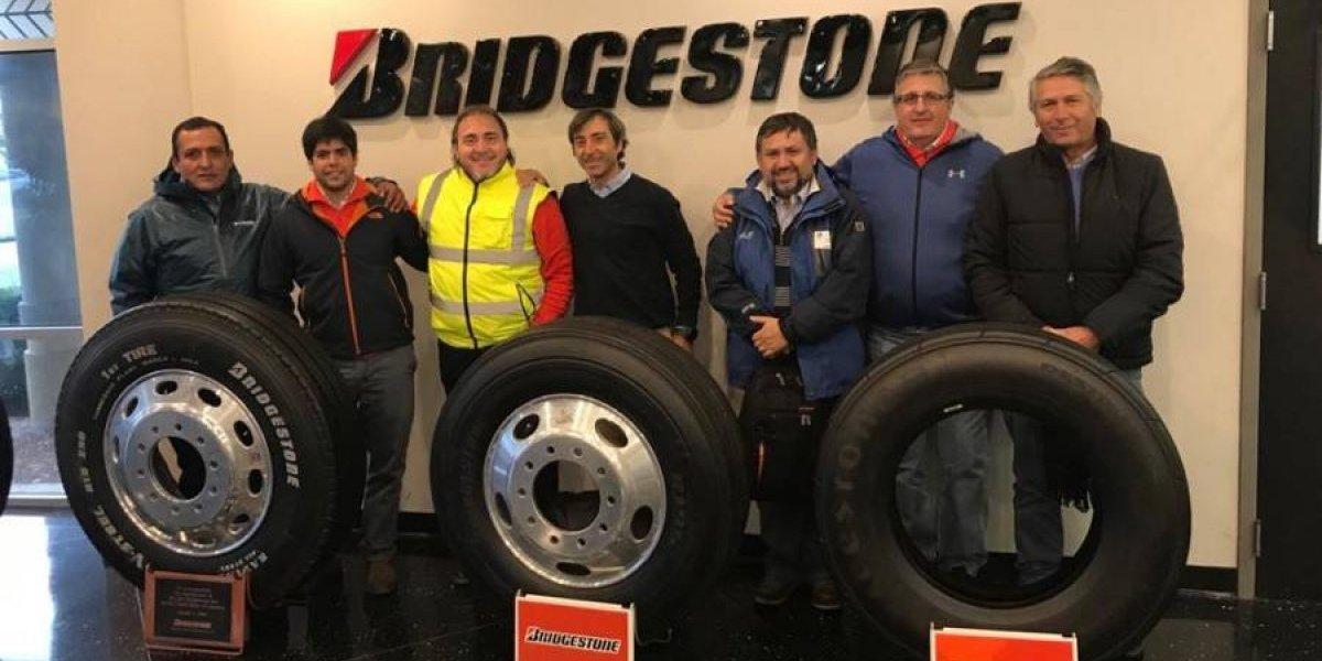 Equipos de SKC y Bridgestone se reúnen en Estados Unidos